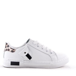 Women's faux leather sneaker
