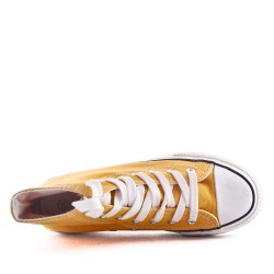 Thick canvas tennis shoes