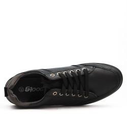Basket noire à lacet détail motif croco