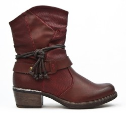 Bottine en simili cuir bordeaux