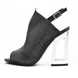 Sandale noir à talon métal