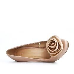 Escarpin beige à fleur