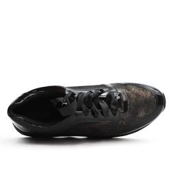 Basket noire détail métallisé à lacet ruban