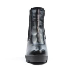 Botte noire compensée avec empiècement élastique
