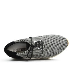 Basket grise à lacet avec semelle épaisse