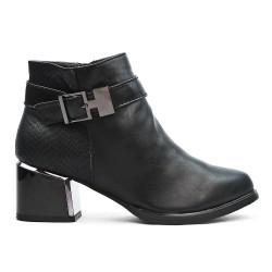 Bottine noire en simili cuir à talon carré