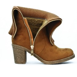 Camel boot in suede with sock pattern