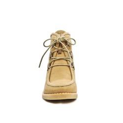 Bota de tobillo de cuña de color caqui con encaje