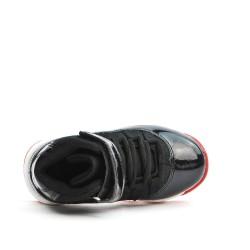 Basket noire à semelle rouge pour garçon