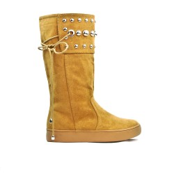 Camel boot in imitation suede