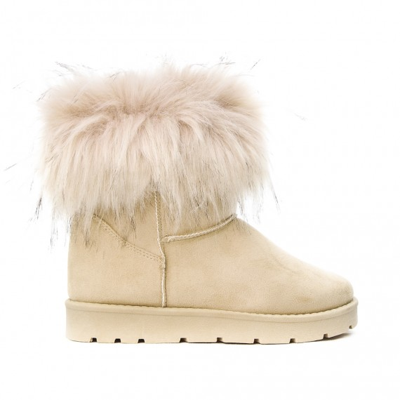 Beige ankle boot in faux fur with fur log