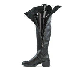 Black leather boot in imitation leather