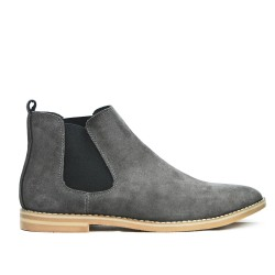 Gray ankle boot in leather with elastic