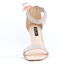 Sandalia rosa con lazo en la espalda