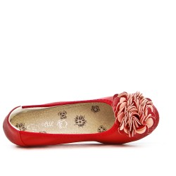 Red comfort ballerina with flower pattern and small heel