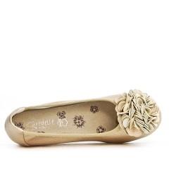 Ballerine confort doré à motif fleur avec petit talon