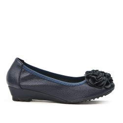 Dark blue comfort ballerina with flower pattern and small heel