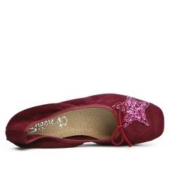 Burgundy comfort ballerina with star pattern