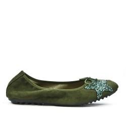Bailarina de confort verde con patrón de estrellas