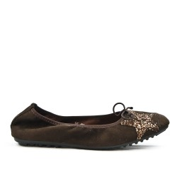 Brown comfort ballerina with star pattern