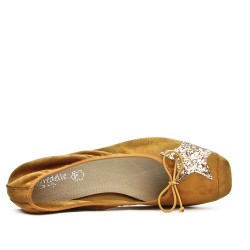 Camel comfort ballerina with star pattern