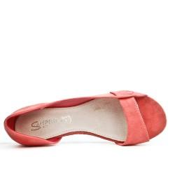 Bailarina rosa con punta abierta