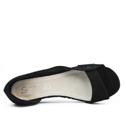 Black open toe ballerina with small heel