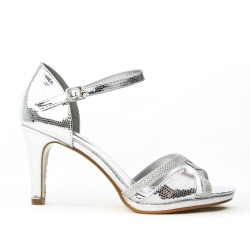 Silver sandal in textured faux leather