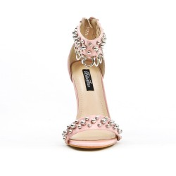 Pink sandal with rings
