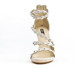 Beige multi-colored sandal