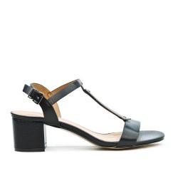 Sandale noire à à bride ornée de métal avec talon carré