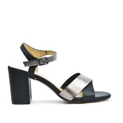 Sandale noire à bride avec talon carré