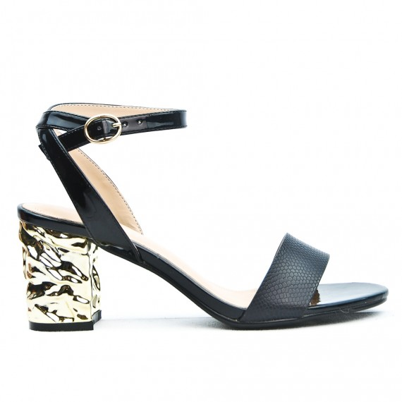 Sandale noire à talon
