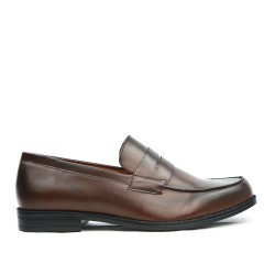 Brown moccasin with flange