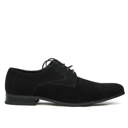 Black derby in faux suede with lace