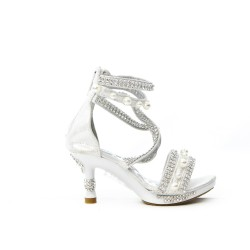 White sandal with rhinestones and bead with heel for little girl