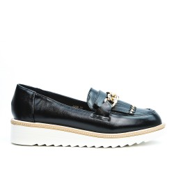 Black Derby with bangs