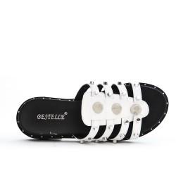 Sandalia blanca con bridas en piel sintética