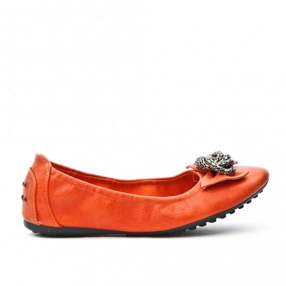 Orange comfort ballerina with metal chain