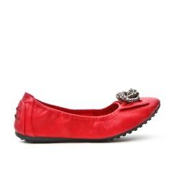 Ballerine confort rouge orné de chaîne en métal
