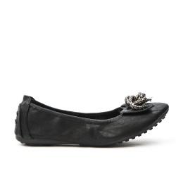 Ballerine confort noire orné de chaîne en métal
