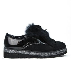 Black derby yoke fur
