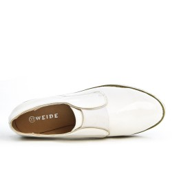 White Derby in elastic lacing