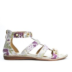 Gray flat sandal with floral print