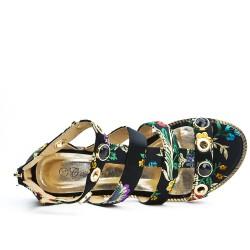 Black flat sandal with floral print