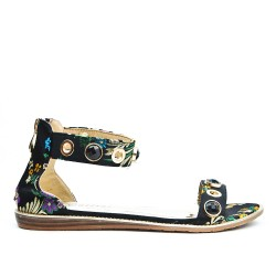 Black flat sandal with floral print