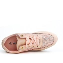 Pink lace detail basket