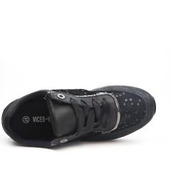 Black basket lace detail