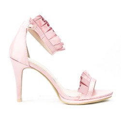 Pink sandal with ruffle