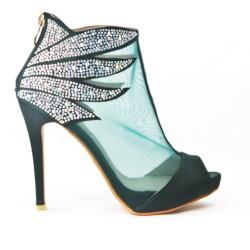 Sandale verte ornée de strass